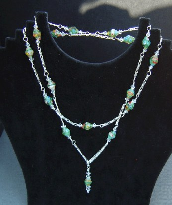 Glass bead lariat