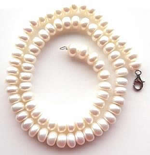 Large white freshwater pearl necklace