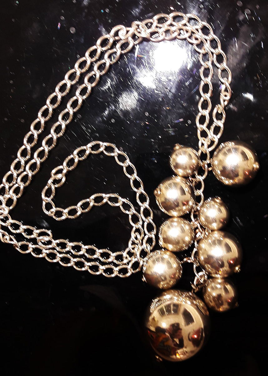Large Silver Balls Necklace