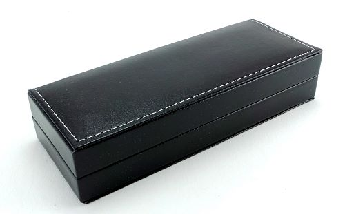 Black leatherette single pen box, with sprung hinged closure and velvet interior